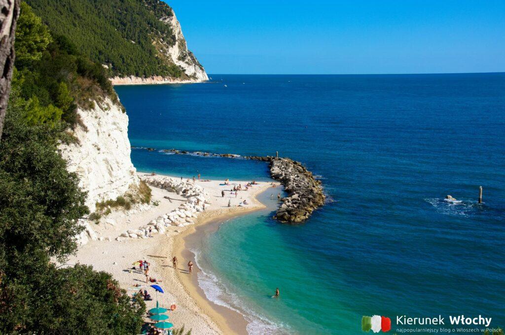 włoskie wybrzeże Adriatyku, Sirolo, region Marche (fot. Łukasz Ropczyński, kierunekwlochy.pl)