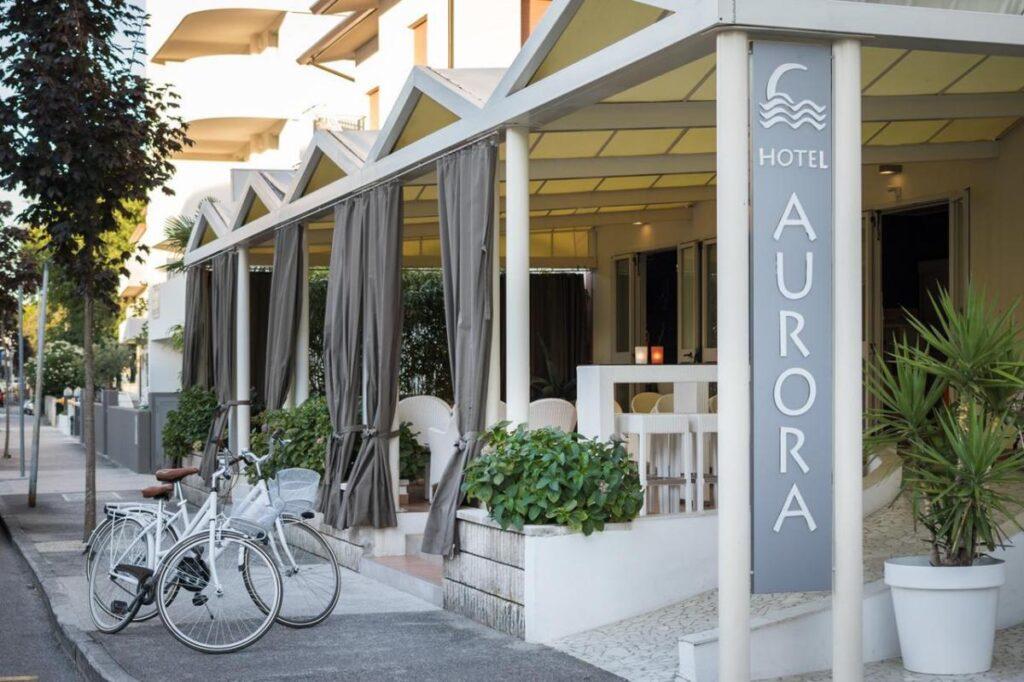 Hotel Aurora** w Lignano Sabbiadoro, sprawdzone noclegi we Włoszech, wybrzeże Adriatyku