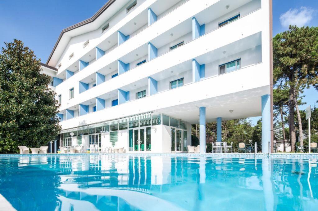 sprawdzone noclegi we Włoszech, Hotel Olympia w Lignano Sabbiadoro