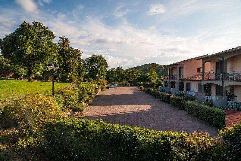 parking dla gości Villaggio Le Querce