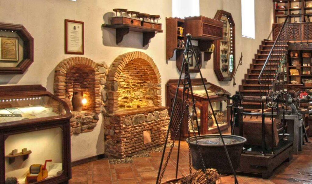 historię tej wyjątkowej produkcji można poznać w Muzeum Giorgio Amarelli w Kalabri