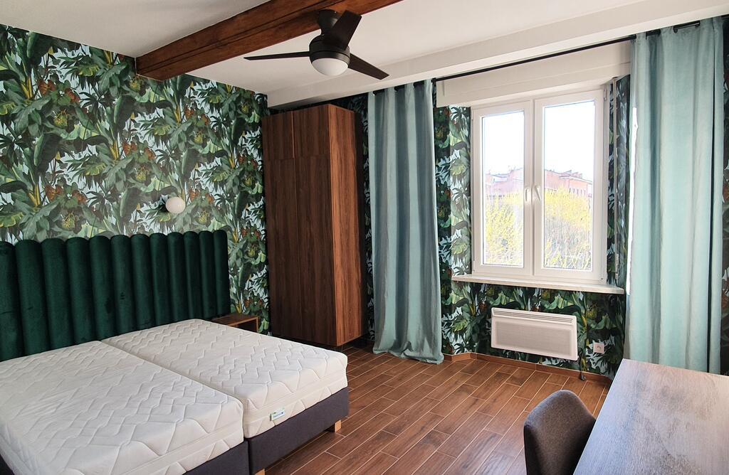 Luxurio rooms with baths w Livorno, wybrzeże Toskanii, noclegi we Włoszech u Polaków