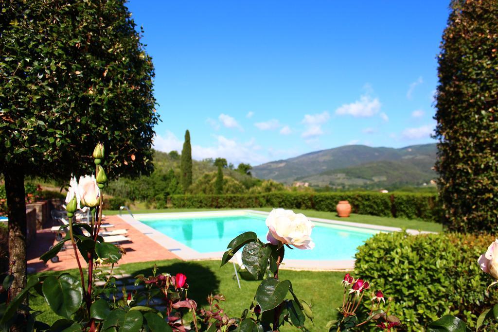 Casa Portagioia posiada duży basen, który ogrzewany jest energią słoneczną