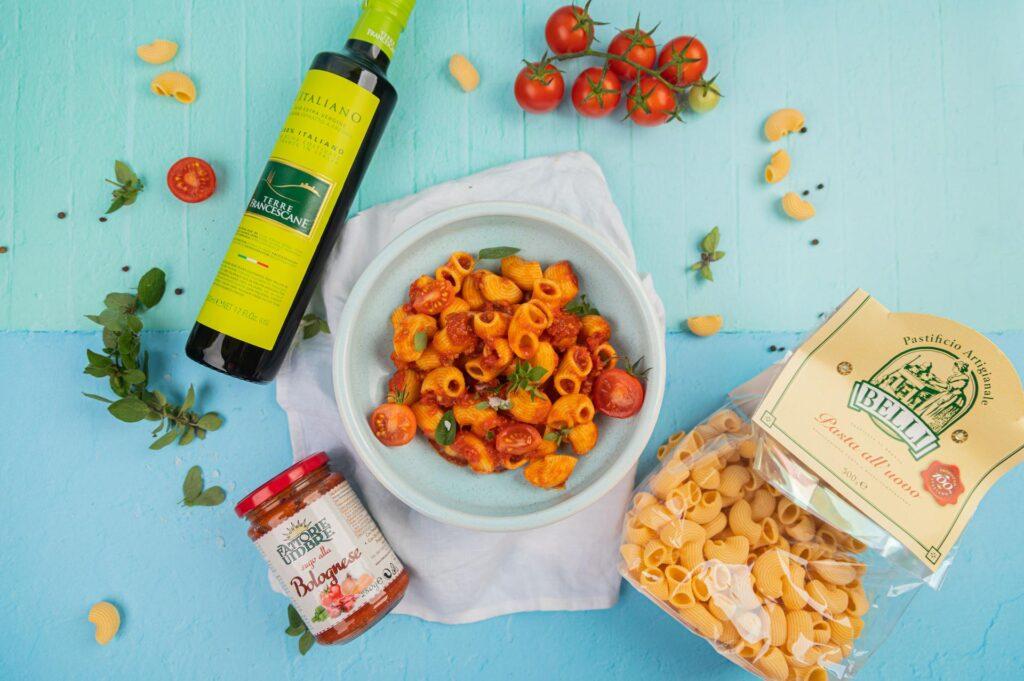 w naszych delikatesach włoska kuchnia podzielona jest na ponad 20 różnych kategorii produktów