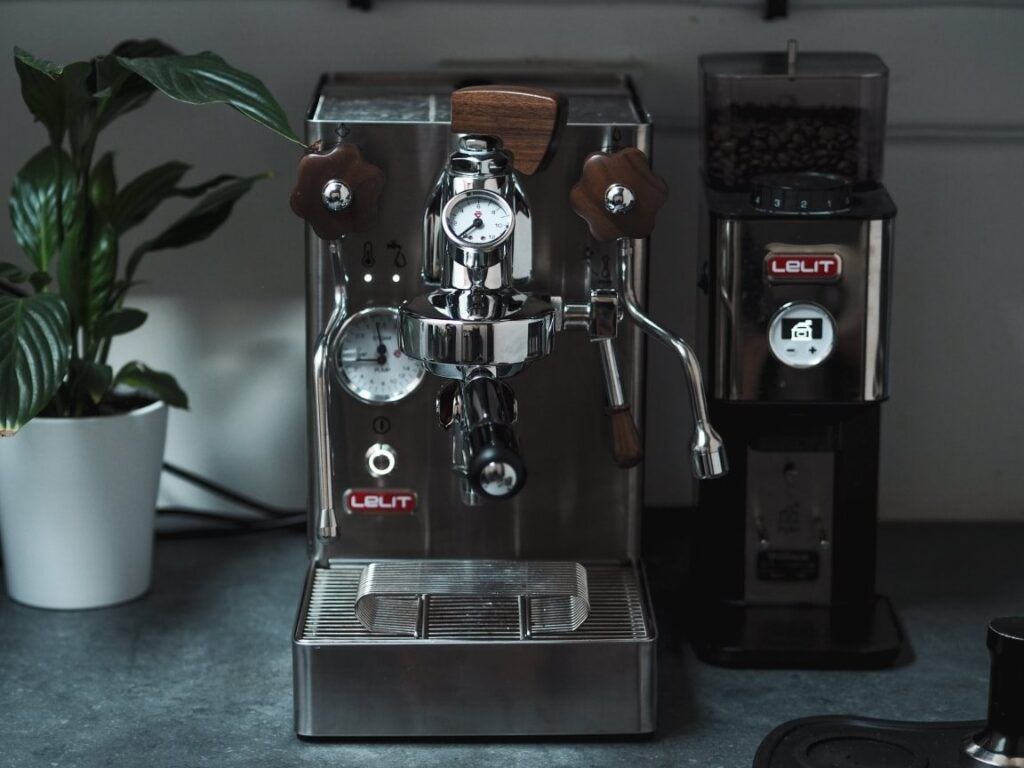 włoski ekspres do kawy marki Lelit