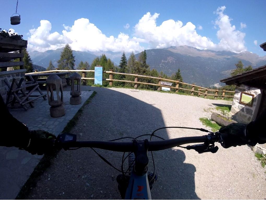 Dolomity latem to raj dla rowerzystów