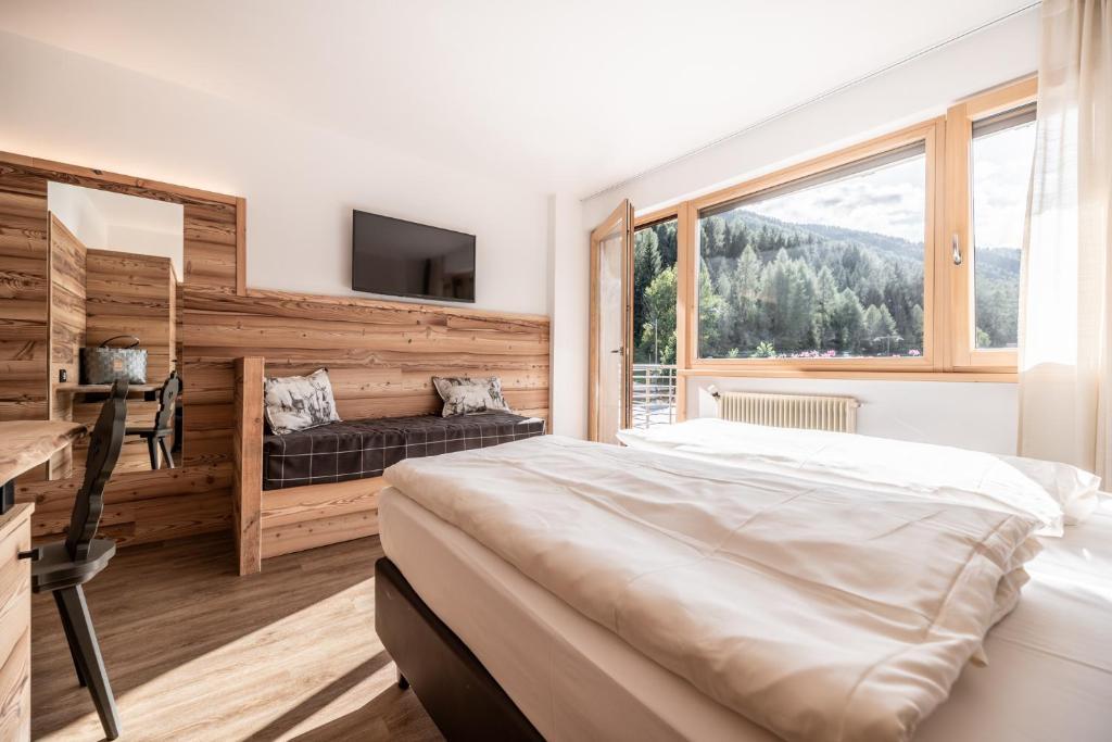 Do wyboru są pokoje 2-osobowe, 4-osobowe albo rodzinne apartamenty