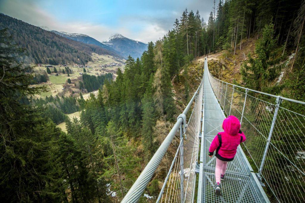 most tybetański w sąsiedniej dolinie Val di Rabbi (fot. Tommaso Prugnola, visittrentino.info)