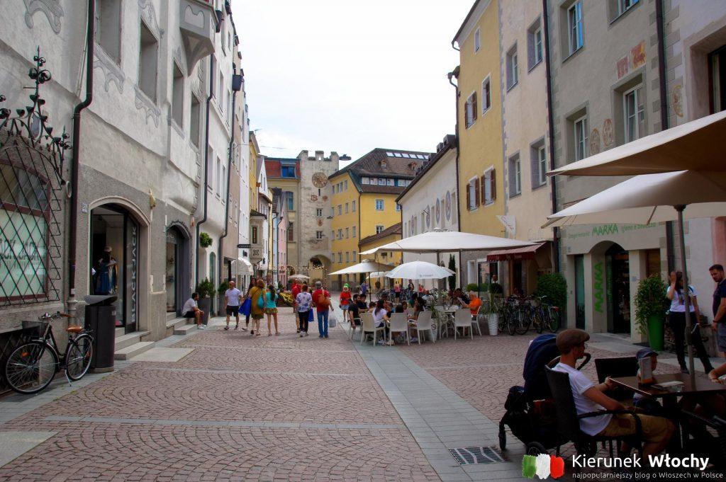 historyczne centrum Bruneck / Brunico, Południowy Tyrol (fot. Łukasz Ropczyński, kierunekwlochy.pl)