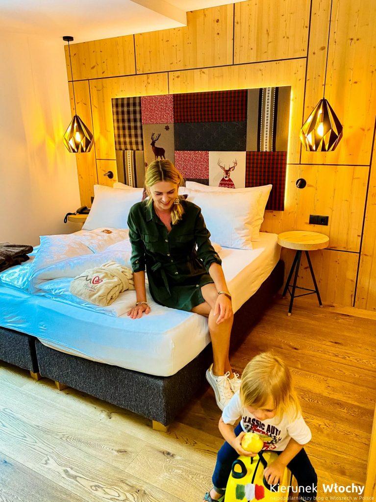nasz rodzinny pokój w Helmhotel*** dla 2+2 (fot. Łukasz Ropczyński, kierunekwlochy.pl)